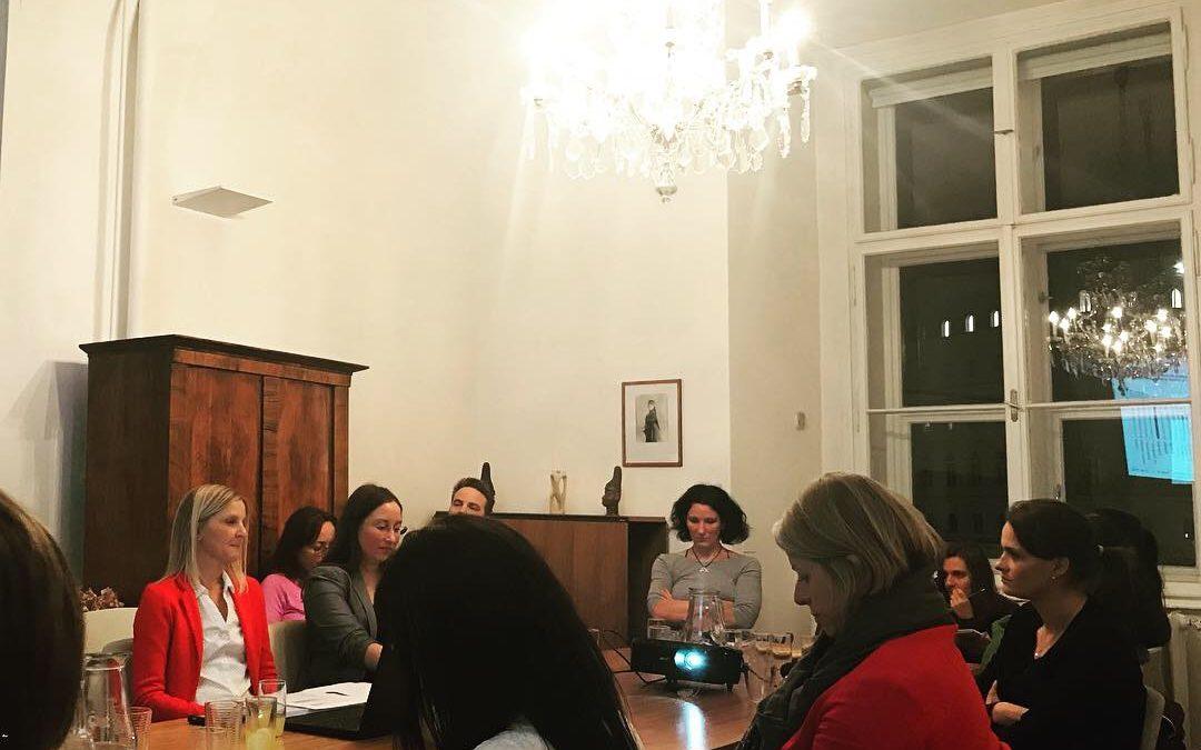 """Roundtable """"Gender Pay Gap: Fakten statt Vermutungen"""""""