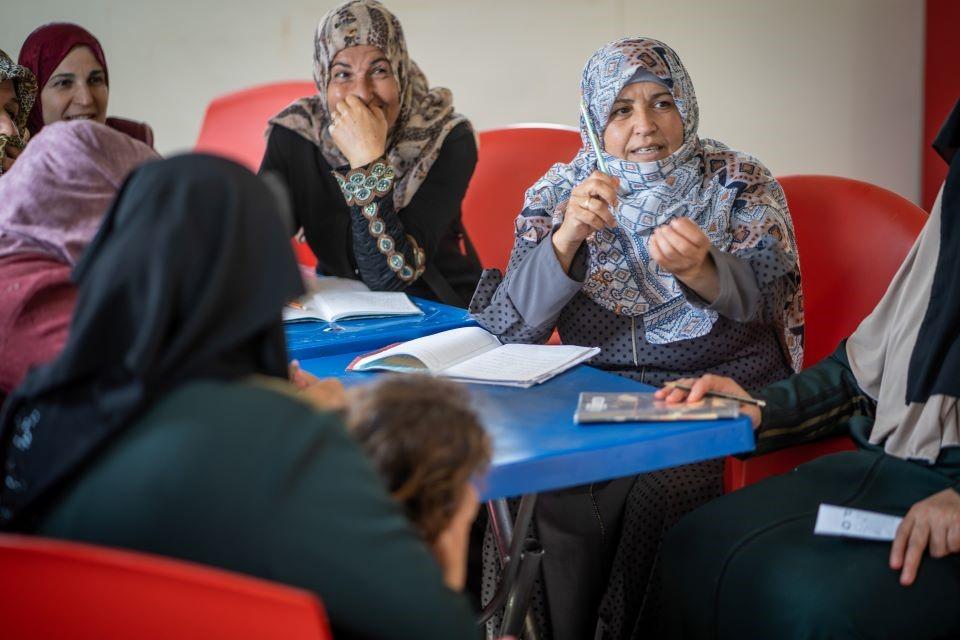 Foto-Essay: Syrische Frauen in Jordanien erzählen Geschichten von Krieg und Hoffnung