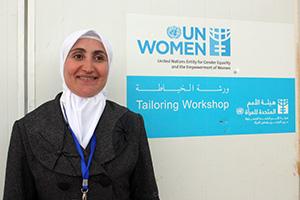 Geflüchtete Frauen aus Syrien nähen Vertrauen und Hoffnung zusammen